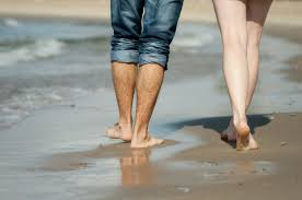 Why do my feet get sore after walking on the beach? – Umina Podiatry