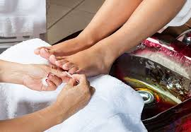 How You Can Avoid an Infection From a Salon Pedicure – Health Essentials  from Cleveland Clinic
